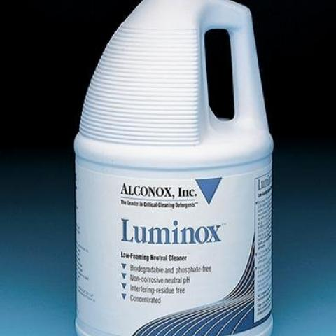 Photo of Luminox Low Foaming Neutral Cleaner
